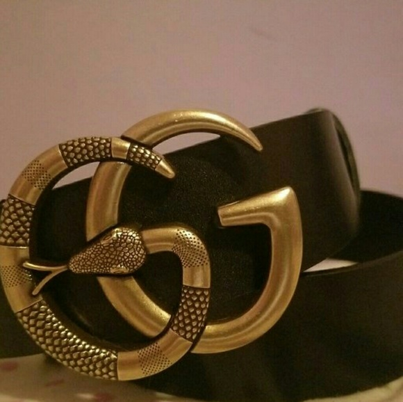 5a0b168dfd9 Gucci Accessories - Snake Double G buckle Stylish Gucci belt